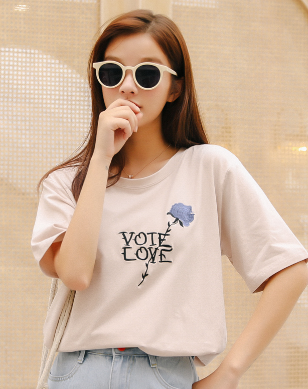 For Sale Flower Embroidery  Sweet T  Shirt