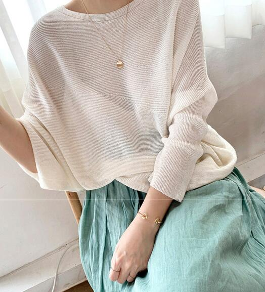 Out Let Pure Color Simple Batwing Sleeve Top
