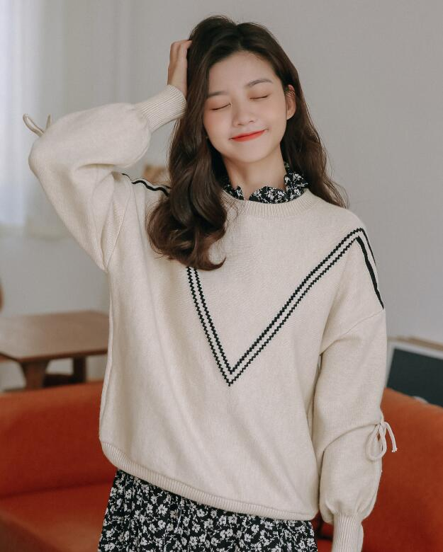 Out Let V  Collars Knitting Top