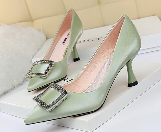 Korean Style OL  Bead Matching Fashion  Shoes