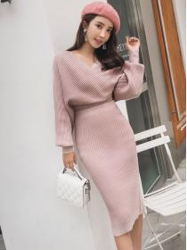 New arrival V collar Hip-full Bat sleeve Dress