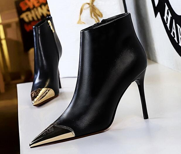 Korean Style Metal Matching Sexy Boots